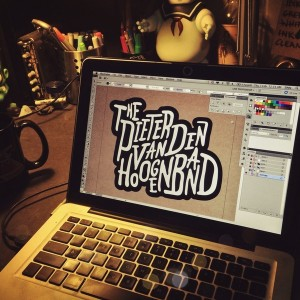 Sindy Sinn - laptop work