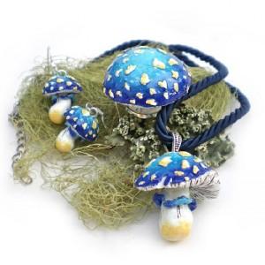 Kathleen - Mushroom Pendants