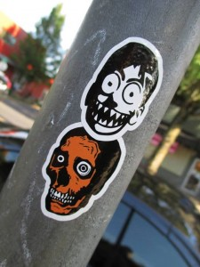 Renone x Arrex - stickers in the wild