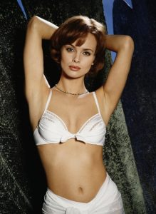 Dan Heyer - Izabella Scorupco as Natalya Simonova 001